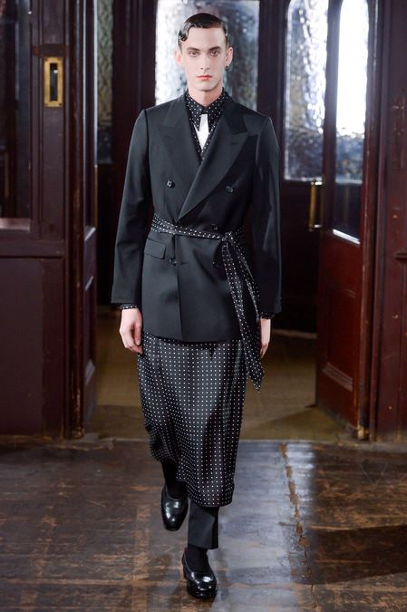 images/cast/10151159898117035=Fall 2013 men collection COLOUR'S COMPANY fabrics x=a.mcqueen